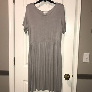 Gray soft dress with pockets